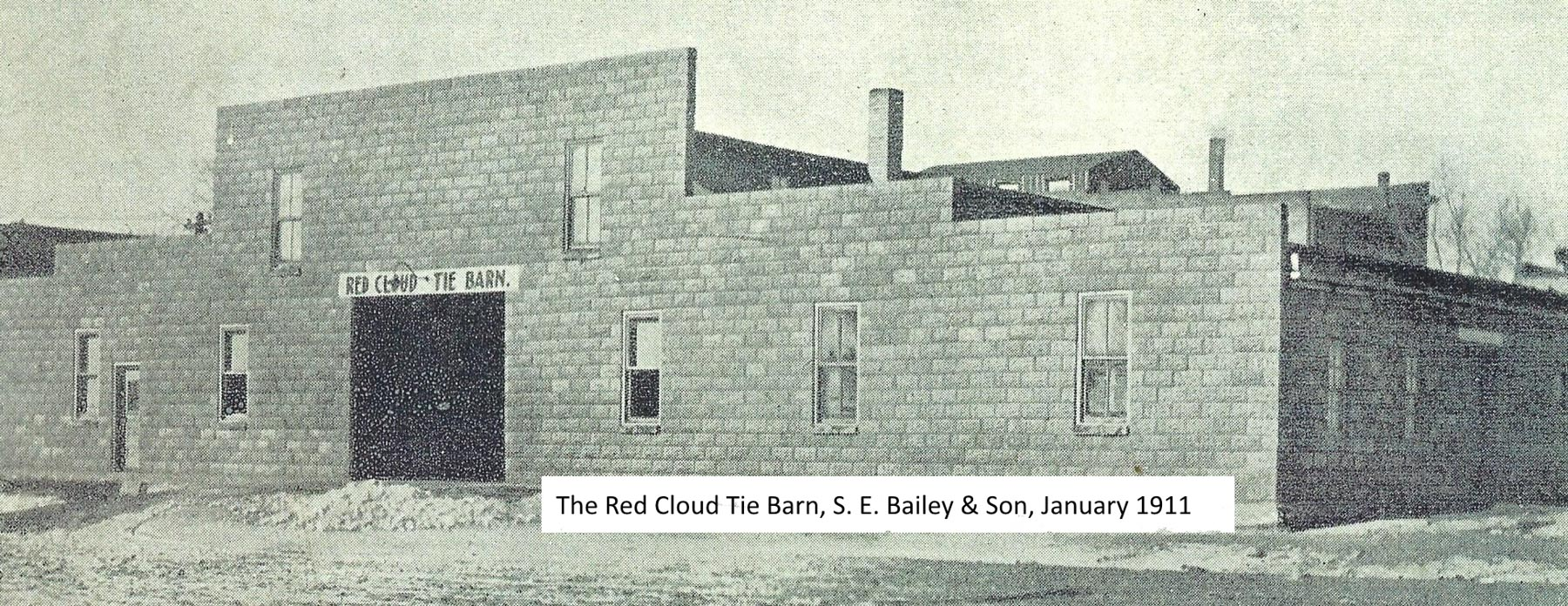 Baileys Red Cloud Tie Barn