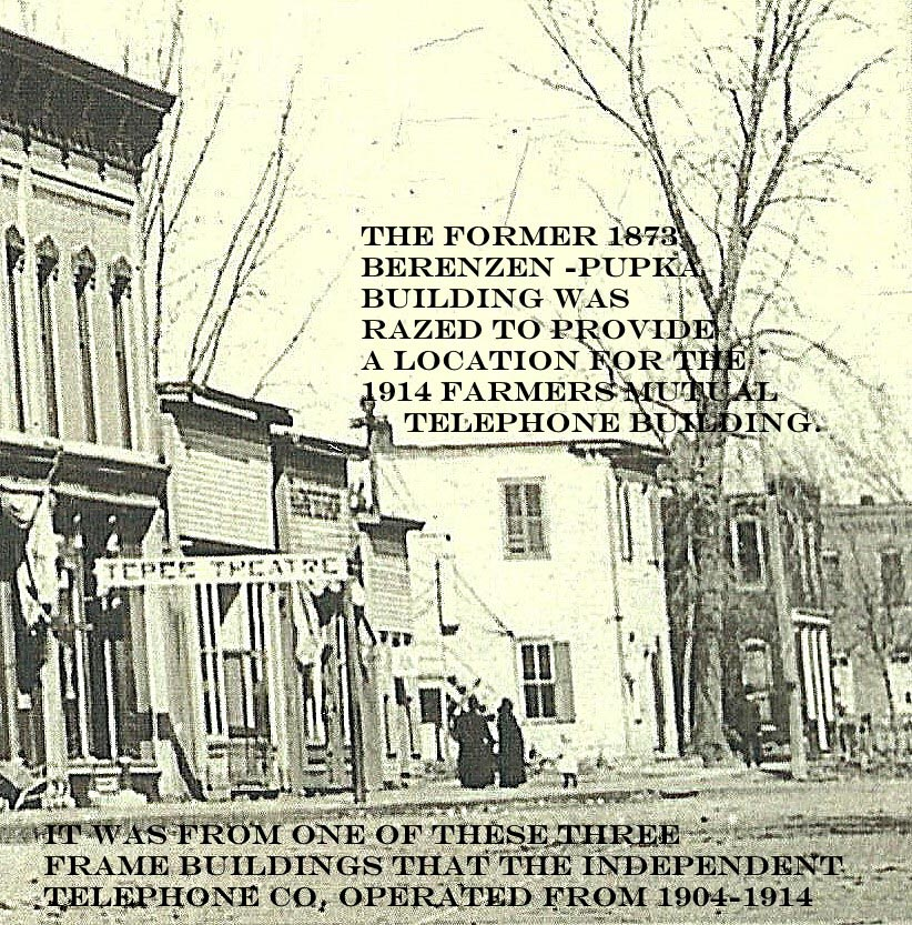 Businesses North of Moon Block - after 1901-telephone location